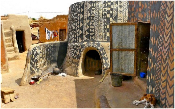 houses of tiebele in west africa