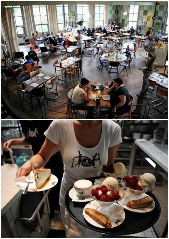 Restaurant and Cafe in Villa Augustus in Netherlands