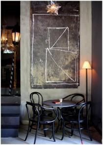 coffe shop and gallery in zagreb velvet