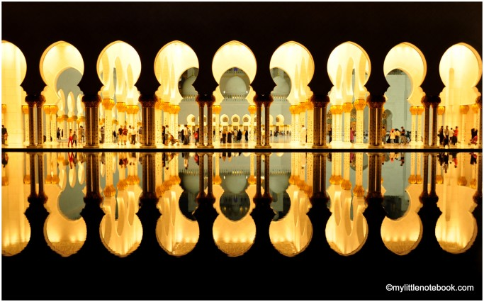 reflection on the water of sheikh zayed grand mosque