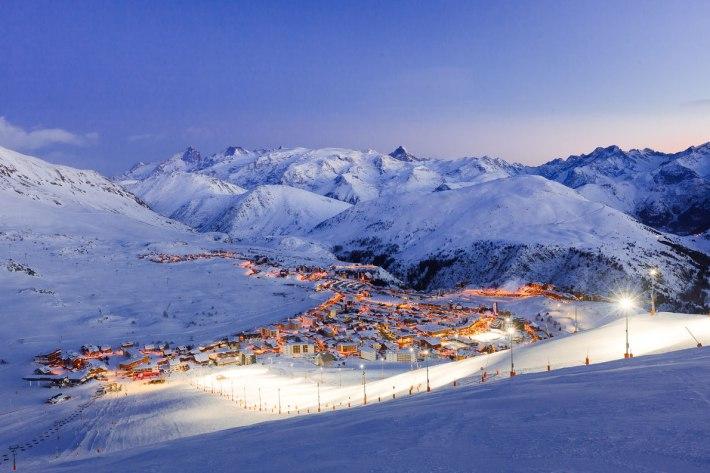 l-alpe-d-huez-european-best-destinations-copyright-laurent-salino-alpe-d-huez-tourisme